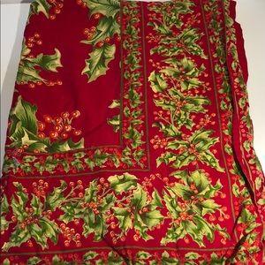 April Cornell Christmas Holiday tablecloth 52 x 52